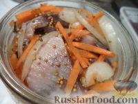 Фото приготовления рецепта: Маринованная сельдь - шаг №6