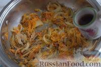 Фото приготовления рецепта: Густой грибной суп с фунчозой - шаг №4