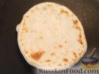 Фото приготовления рецепта: Лепешки по-домашнему - шаг №8