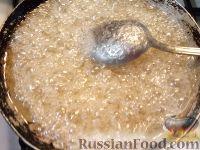 Фото приготовления рецепта: Бананы и яблоки в карамели - шаг №9