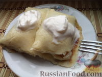 Фото к рецепту: Блинчики с яблоками