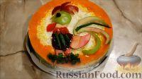 """Фото к рецепту: Салат """"Петушок"""" с печенью трески"""