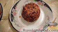 """Фото приготовления рецепта: Салат """"Розочки"""" из блинов со свеклой - шаг №3"""
