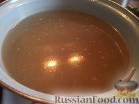Фото приготовления рецепта: Щи из свежей капусты с рыбой - шаг №8