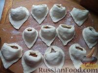 Фото приготовления рецепта: Вареники с капустой - шаг №12