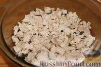 """Фото приготовления рецепта: Салат """"Грибная поляна"""" - шаг №10"""