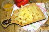 Фото приготовления рецепта: Салат с ананасами и апельсинами - шаг №7