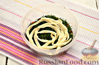 """Фото приготовления рецепта: Салат """"Грибная поляна"""" - шаг №4"""