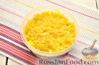 """Фото приготовления рецепта: Салат """"Грибная поляна"""" - шаг №7"""