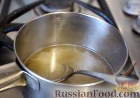 Фото приготовления рецепта: Тыквенный рулет с курицей и грибами - шаг №8