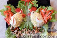"""Фото приготовления рецепта: Салат-закуска """"Петушки"""" из морепродуктов - шаг №10"""