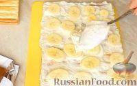 Фото приготовления рецепта: Торт с зефиром и бананами (без выпечки) - шаг №6
