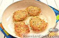 Фото приготовления рецепта: Драники с каштанами - шаг №9