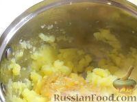 Фото приготовления рецепта: Вареники с картошкой - шаг №8