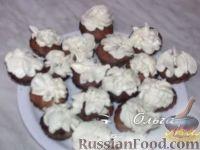 Фото приготовления рецепта: Банановые кексы (маффины) - шаг №7