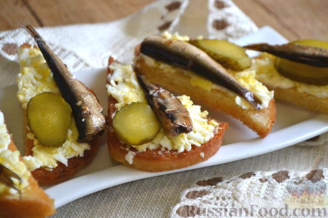 бутерброды гренки с копченым салом рецепт