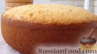 Фото к рецепту: Медовый бисквит