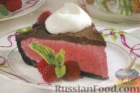 Фото к рецепту: Фантазийный шоколадно-малиновый торт-десерт