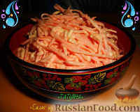 Фото к рецепту: Салат из моркови, сыра и чеснока