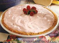 Фото к рецепту: Торт-десерт из малины и маршмеллоу