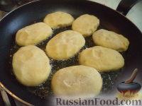 Фото приготовления рецепта: Картопляники с мясом - шаг №12