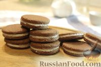 """Фото к рецепту: Шоколадное печенье """"Орео"""""""