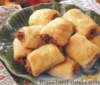 Фото к рецепту: Слойки с мясным фаршем и сыром