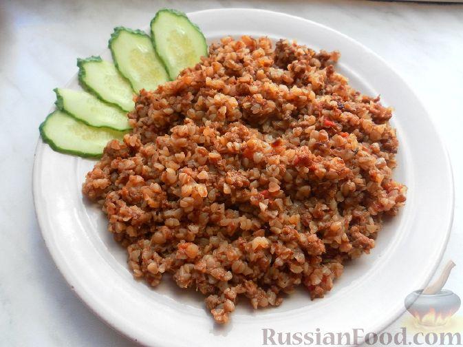 Рецепт Гречка с мясным фаршем, луком, морковью и томатами