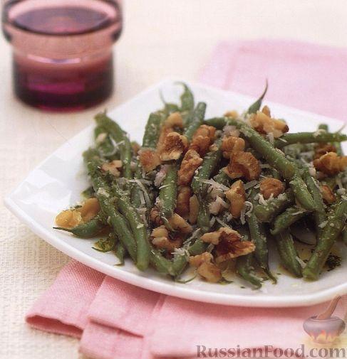 Рецепт Салат из стручковой фасоли с грецкими орехами