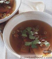 Фото к рецепту: Легкий тайский суп с сыром тофу