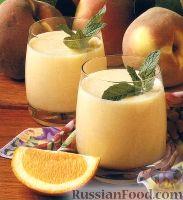Фото к рецепту: Смузи персиковый, с молоком