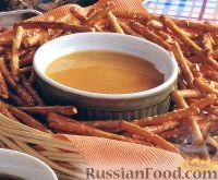 Фото к рецепту: Медово-горчичный соус-дип
