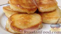 Фото приготовления рецепта: Пышные и мягкие оладьи на кефире - шаг №5