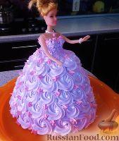 """Фото к рецепту: Торт """"Кукла Барби""""  (украшение из крема)"""