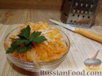 Фото к рецепту: Салат из редьки и моркови