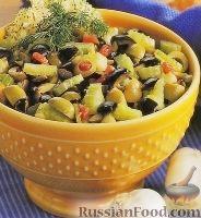 Фото к рецепту: Салат из оливок и сельдерея
