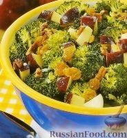 Фото к рецепту: Салат с брокколи и яблоками