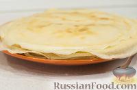 Фото приготовления рецепта: Блины: как готовить, варианты сворачивания и начинки - шаг №4