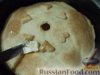 Фото приготовления рецепта: Мясной пирог из слоеного теста - шаг №20