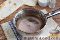 Фото приготовления рецепта: Рулет из лаваша с курицей, грибами и сыром - шаг №2