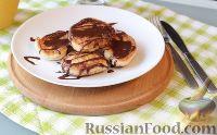 Фото к рецепту: Пышные и нежные оладьи на кефире