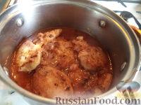 Фото приготовления рецепта: Рыбные тефтели в томатном соусе - шаг №10