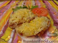 Фото приготовления рецепта: Свиные отбивные с ананасами и сыром - шаг №8