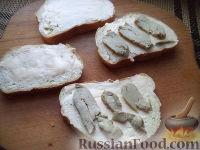 Фото приготовления рецепта: Бутерброды с печенью трески и яйцами - шаг №8