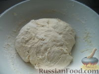 Фото приготовления рецепта: Пирожки с начинкой из отварного мяса - шаг №8