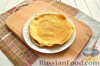 Фото приготовления рецепта: Салат с блинчиками из яиц - шаг №4