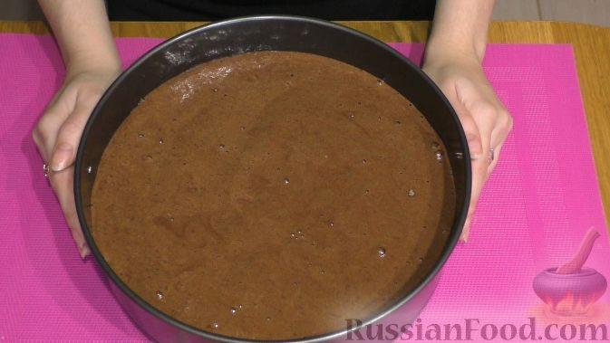 """Фото приготовления рецепта: Торт """"Пьяная вишня"""" - шаг №6"""
