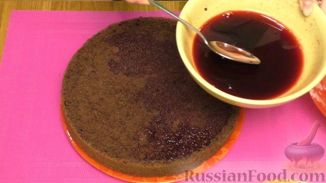 """Фото приготовления рецепта: Торт """"Пьяная вишня"""" - шаг №12"""