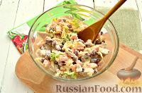 Фото приготовления рецепта: Весенний салат с куриной грудкой - шаг №8