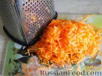 Фото приготовления рецепта: Салат с сердцем и зеленым горошком - шаг №9